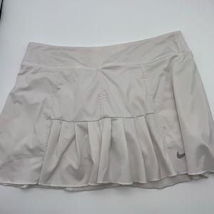 Nike tennis skirt 🔥